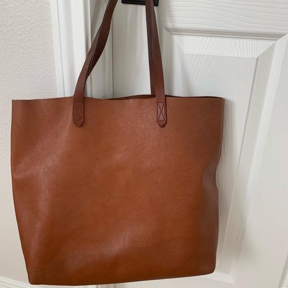Madewell Handbags - Madewell Tote and Zipper Wallet